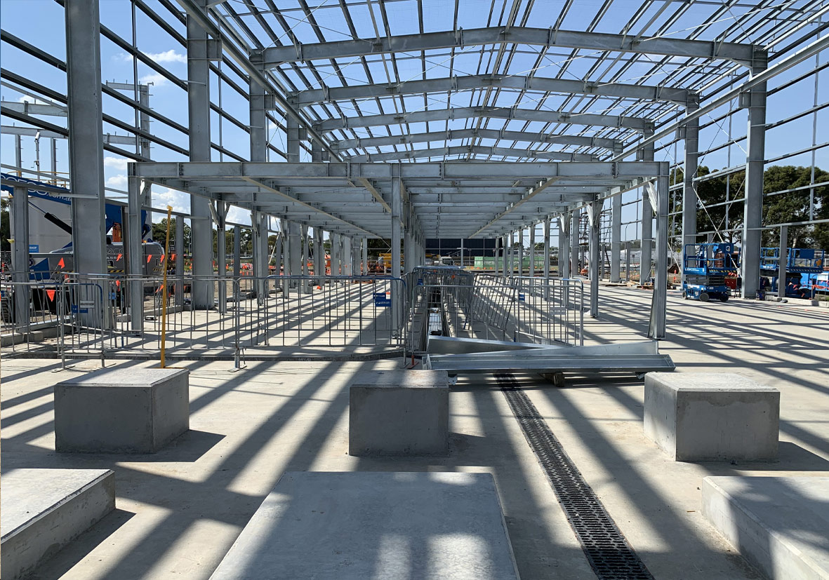 Delfab Engineering erecting large steel building at water treatment plant